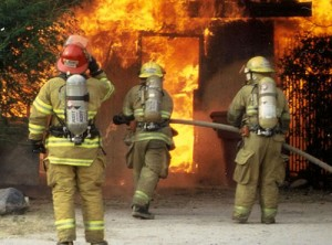 Защита деревянного дома от огня