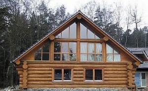 Как, чем и зачем отделывают деревянные дома?