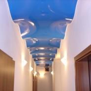 Как выбирать натяжной потолок?
