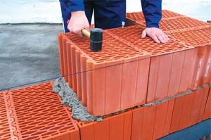 Нужно ли утеплять дом из пустотелых поризованных керамических блоков