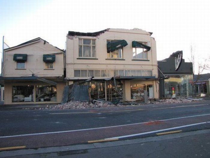 Последствия землетрясения в Новой Зеландии (47 фото)
